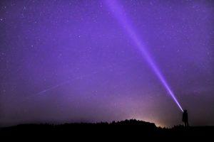 星が瞬く夜空